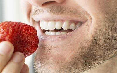 Alimentos que fazem bem para os dentes: conheça os principais